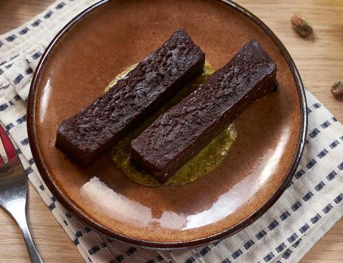 Pure Chocolade met pistache crème dessert